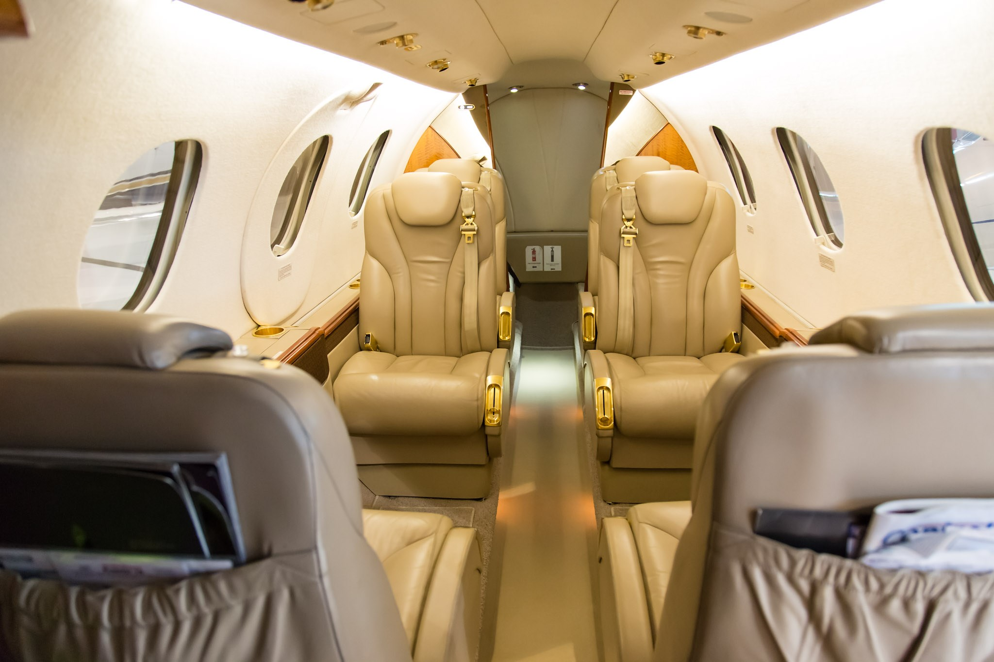 Try Booking a Private Plane from Toronto book private plane toronto