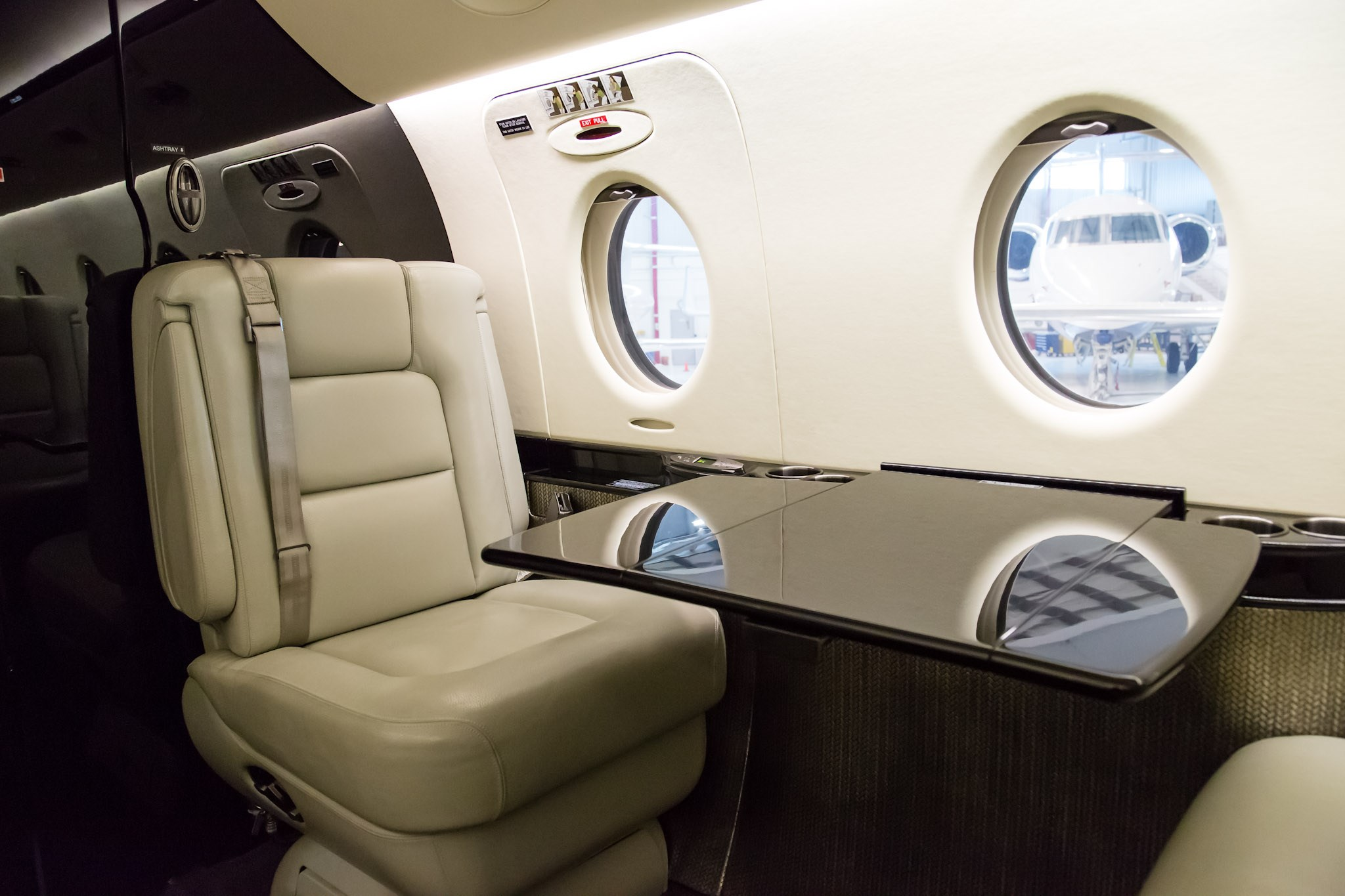Finding Out the Cost of Chartering a Private Jet cost of chartering a private jet